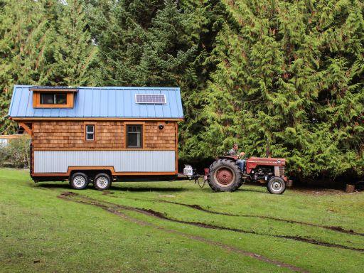 unser weg zum tiny house tiny house tour. Black Bedroom Furniture Sets. Home Design Ideas